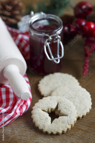 Cutout cookies with marmalade