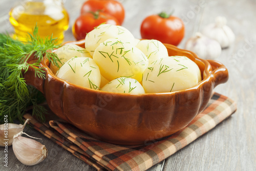 Boiled potatoes with fresh dill
