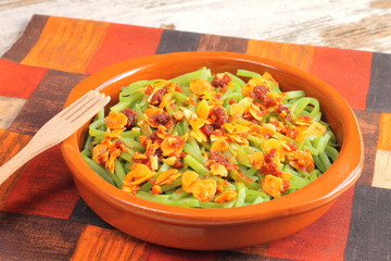 Green beans with almonds and chorizo sausage
