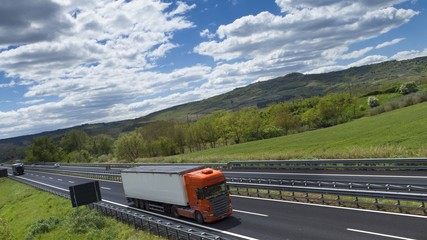 camion in campagna