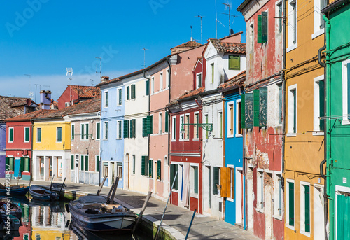 Curving Row of Colorful Homes in Burano