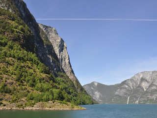 Naeroyfjord, Fjord, Fjordfahrt, Schiffsreise, Sommer, Norwegen