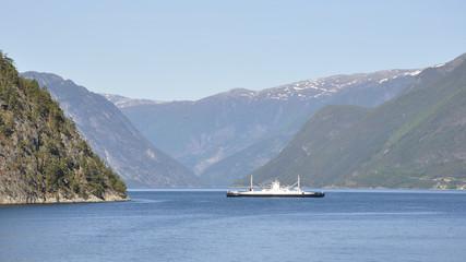 Fodnes, Mannheller, Fährverbindung, Laerdalsfjord, Norwegen
