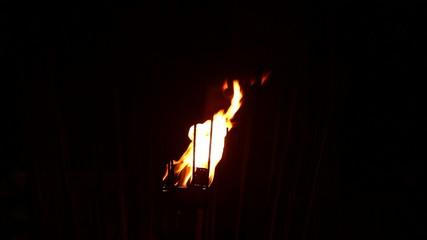 Ночной газовый факел