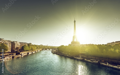 Eiffel Towe, Paris  in sunrise time