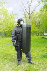 Policita shield,