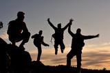 mutlu sağlıklı dağcılar