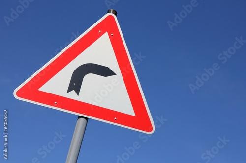 Poster Deutsches Verkehrszeichen: Kurve (rechts)