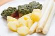 Lammfilet mit Spargel, kartoffeln und Bärlauchpesto