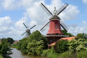 Zwillingsmühlen bei Greetsiel/Ostfriesland