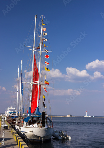 signal flags on a sailing boat