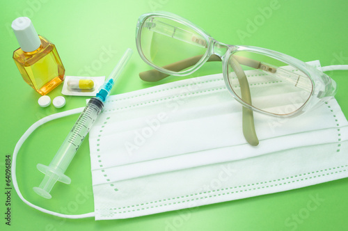 Protective glass, mask and syringes. Prevention of hay fever.