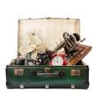 valigia al mercato delle pulci - 64102290