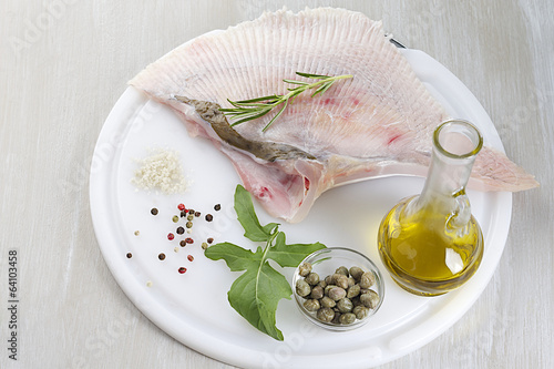 Ready to cook Wing of Skate with Caper and olive oil