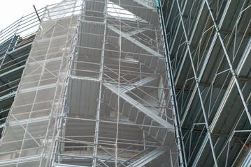 Cantiere edilizio, ponteggi in sicurezza