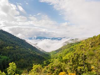 Wolkenfront in den Pyrenäen