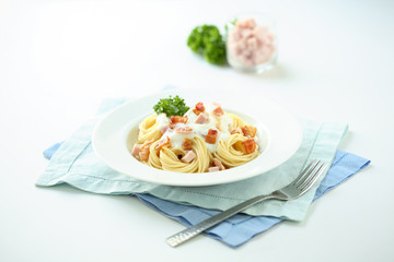 Pasta with bacon and cream sauce