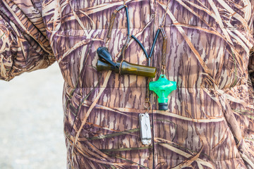 Hunter Camouflage Duck Calls Fish Tool