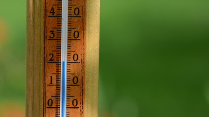 temperature rise on wood thermometer scale exceed 30 degree