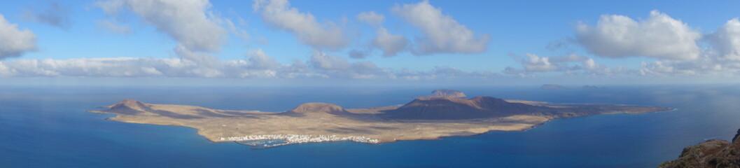 Lanzarote. Panorámica De La Isla De La Graciosa