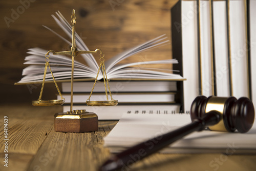 Lady of justice, Wooden & gold gavel and books on table - 64194639