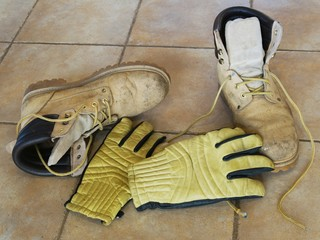 Work boots and gloves