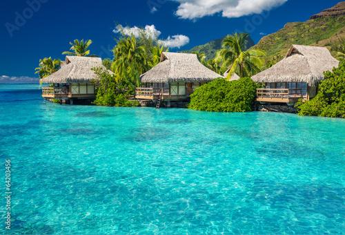 Poster Oceanië Overwater villas in lagoon of Moorea Island
