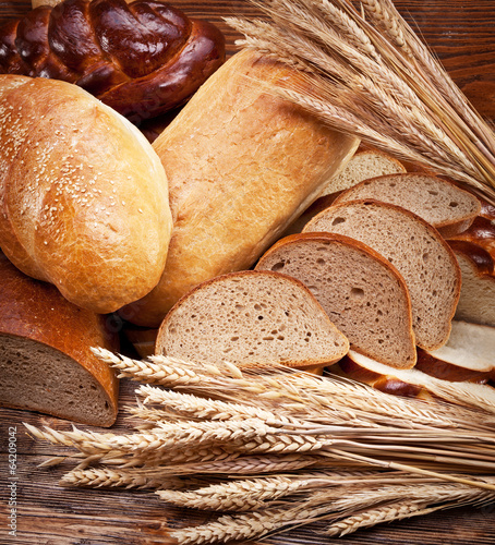 Fotobehang Brood Bread and wheat. Food background.