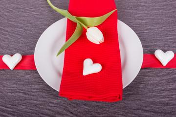 herzliche Einladung mit Tulpe zum Essen