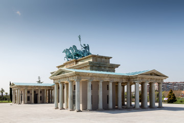 Side view of the Brandenburg Gate