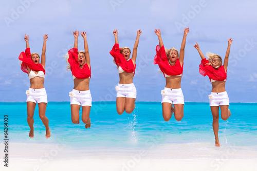 Holiday Paradise - 64264020