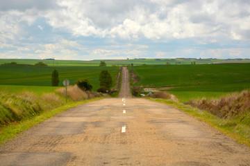 larga recta en carretera secundaria