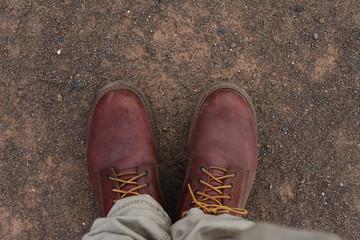 Boots im Wüstensand