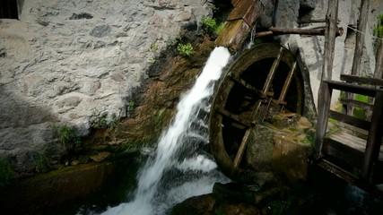 vecchio mulino ad acqua