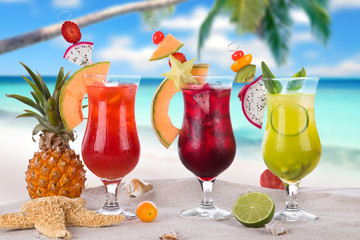 summer drinks on the beach