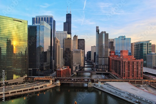 Tuinposter Chicago Chicago River from above
