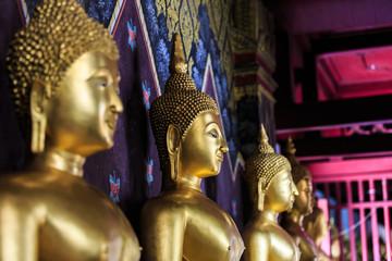 Buddha image at Phra Si Rattana Mahathat temple
