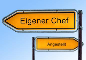 Strassenschild 5 - Eigener Chef