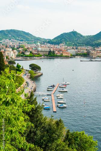 Panorama Lago di Como e Duomo, Italia - 64322441