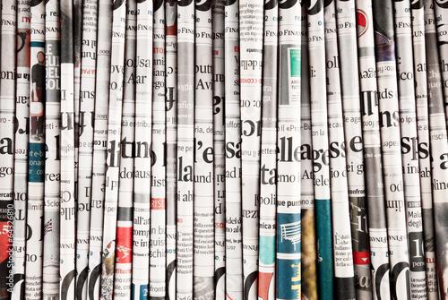collezione di quotidiani - 64326810