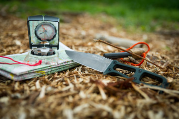 Messer beim Bushcraften