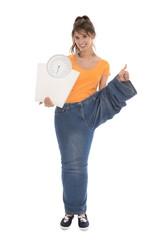 Glücklicher Teenager nach erfolgreicher Gewichtsabnahme