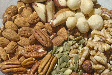 Raw and Organic Mixed Nuts