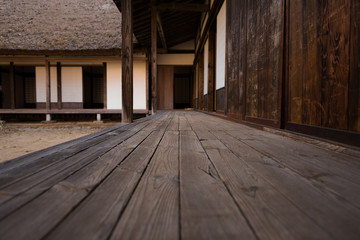 古い日本の家の廊下