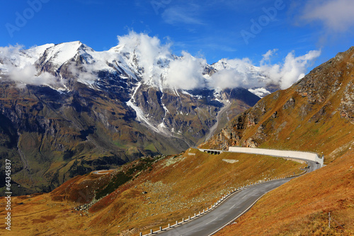 canvas print picture The highest mountain peaks