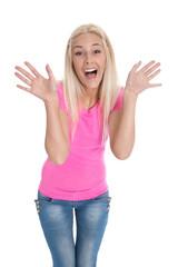 Jubelndes glückliches junges Mädchen in Pink