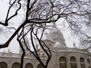 Sacré Coeur under the snow