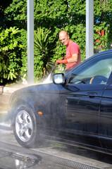 Lavaggio con idropulitrice