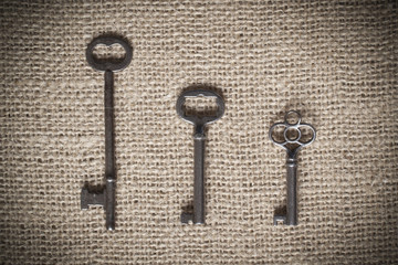 Three Skeleton Keys