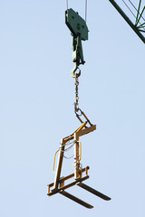 Hook crane with hoist